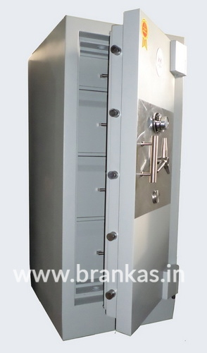 lemari-brankas-tipe-strong-safe-size-v-lima_2